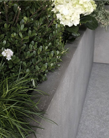 Florence-Lightweight-Concrete-Trough-Planter-E